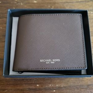 Michael Kors Mens Slim Billfold Leather Wallet